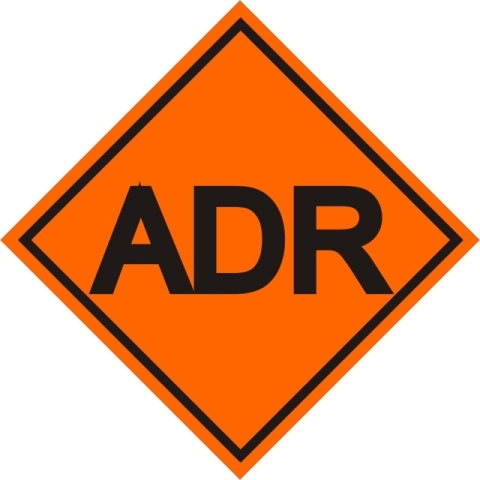 Kонсултант по безопасността при превоз на опасни товари